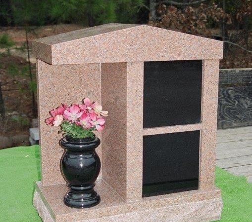 stone monument Maryville, TN